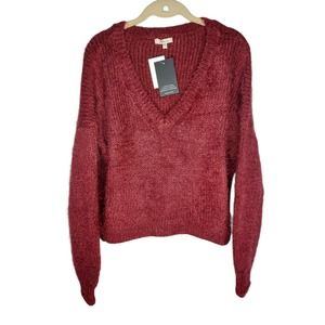 NWT Beltaine Red Fuzzy Knit V-Neck Sweater Large